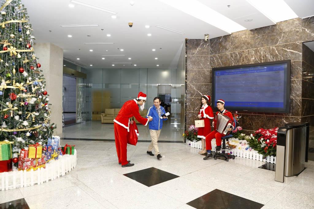 Chương trình tặng quà ngày giáng sinh