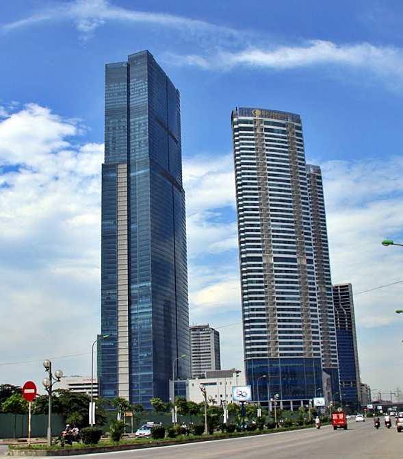 Hồ Tây nằm gọn trong tầm mắt khi quan sát tại tòa nhà cao thứ 2 ở Hà Nội