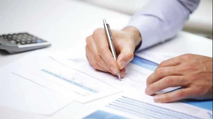 Chủ đầu tư tòa nhà hoặc ban quản trị nhà chung cư là những thành phần có quyền lập kế hoạch bảo trì tòa nhà.