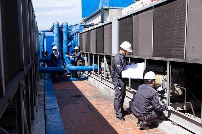 Ban quản lý tòa nhà và đơn vị bảo trì là các thành phần chính tham gia công việc bảo trì tòa nhà.