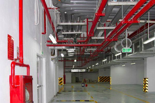 Quy trình kiểm tra hệ thống chữa cháy tự động Sprinkler gồm kiểm tra chức năng, chuông báo động, vệ sinh, vận hành, thay nước.
