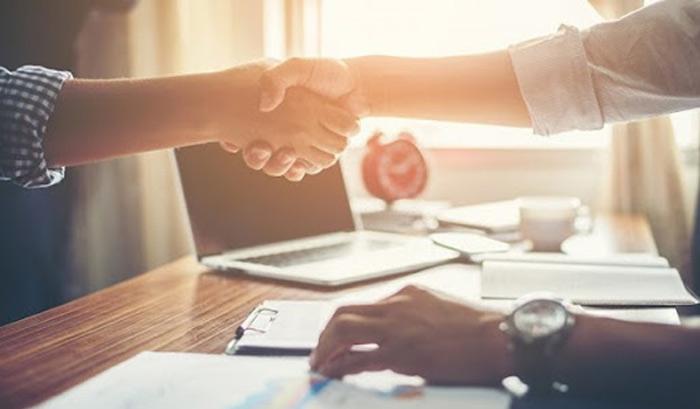 Chủ đầu tư có trách nhiệm đóng tài khoản đã lập sau khi bàn giao đầy đủ kinh phí bảo trì cho Ban quản trị nhà chung cư.